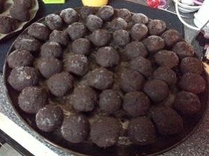 Dark chocolate cake balls before...