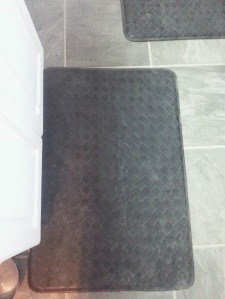 My black kitchen floor mats...