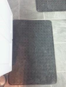 My black kitchen floor mats...