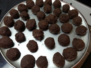 Check it out!!! Rolled cake balls!